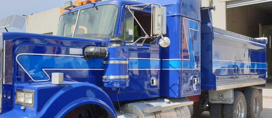 Truck Striping and Graphics – Kallangur – North Brisbane